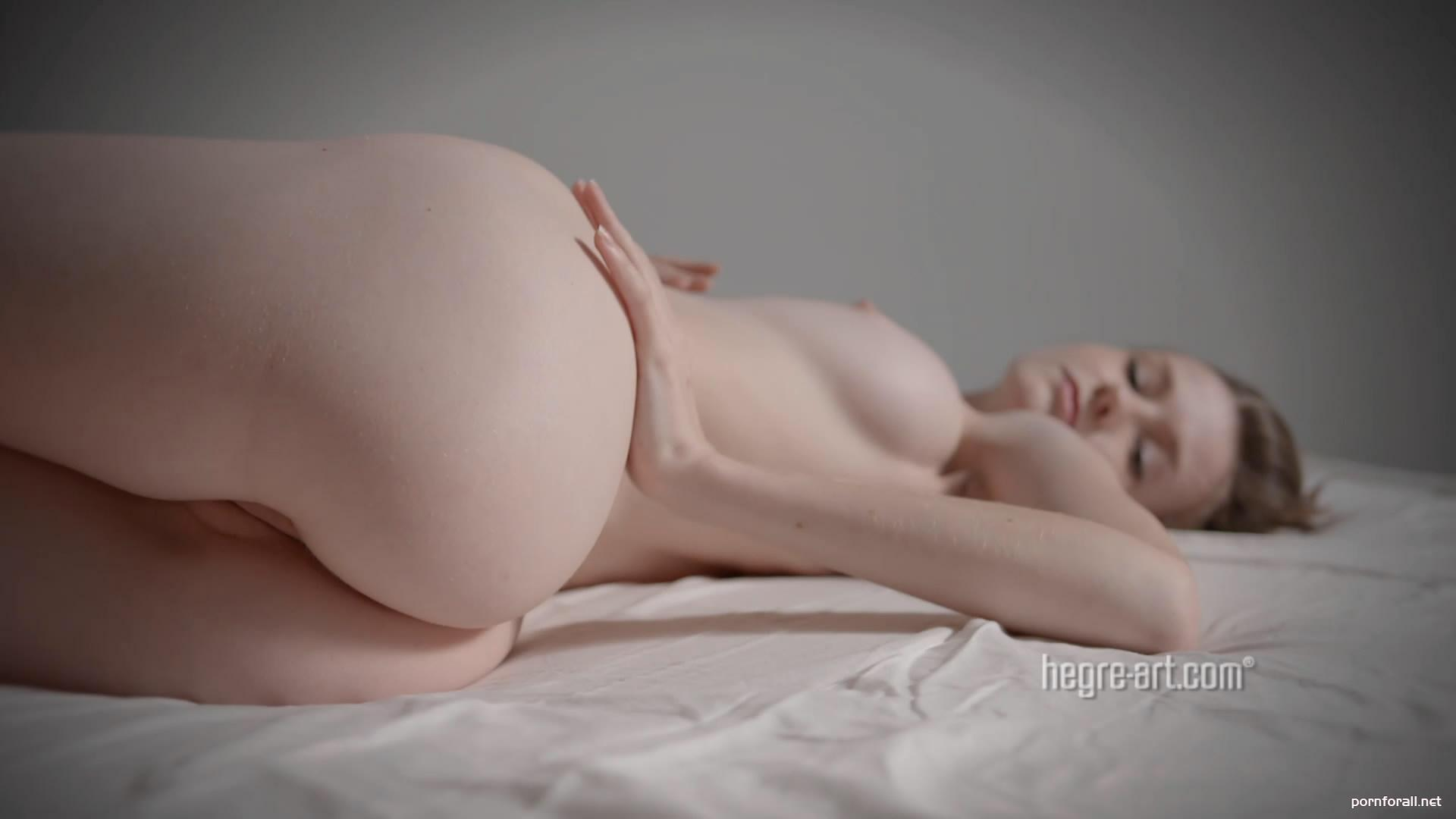 Emily Bloom - Wolf Song (2014-09-09) 1080p