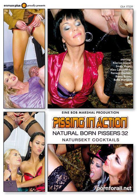 Pissing In Action - Natural Born Pissers 32 / Писсинг в действии - Прирождённые зассыхи 32 (2014) DVDRip
